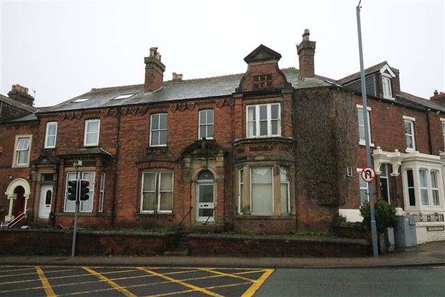 2 Bedrooms Flat for sale in Scotland Road, Carlisle, Cumbria, CA3 9DG