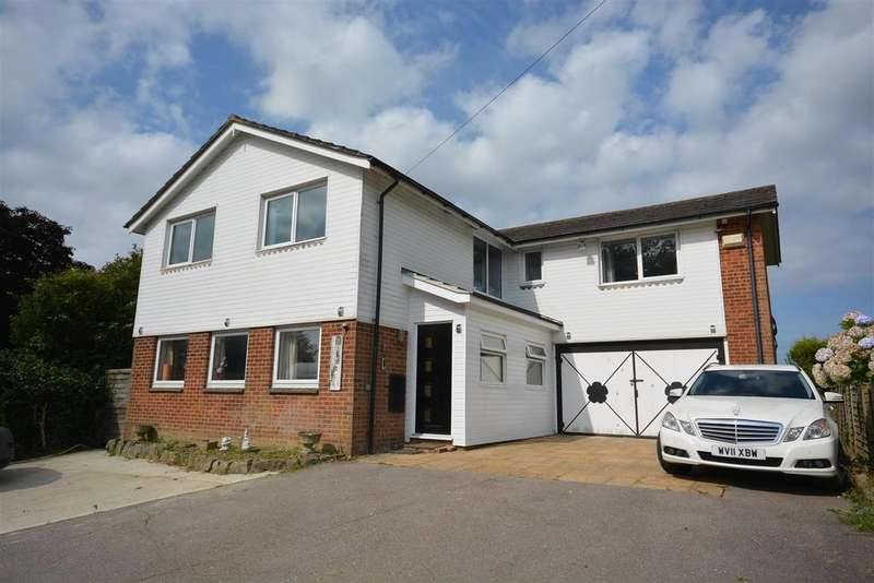 4 Bedrooms Detached House for sale in The Green, Catsfield,