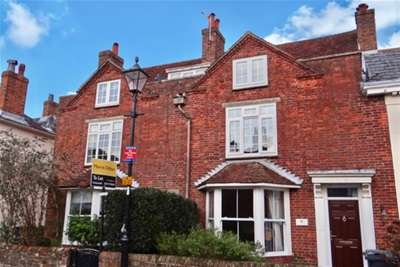 2 Bedrooms Flat for rent in King Street, Emsworth