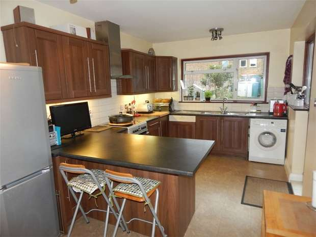 4 Bedrooms Semi Detached House for sale in Bourdon Road, Anerley, London