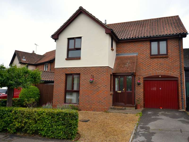 4 Bedrooms House for sale in 4 bedroom Detached House in Chelmsford
