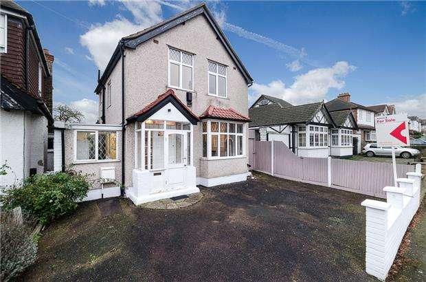 3 Bedrooms Detached House for sale in Milner Road, MORDEN, Surrey, SM4 6EN