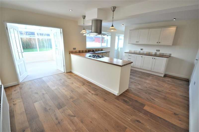 4 Bedrooms Semi Detached House for sale in Cheriton Field, Fulwood, Preston, Lancashire, PR2 3WH