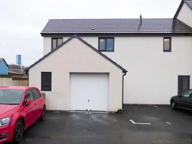 2 Bedrooms Maisonette Flat for sale in Saltram Meadow, Plymstock
