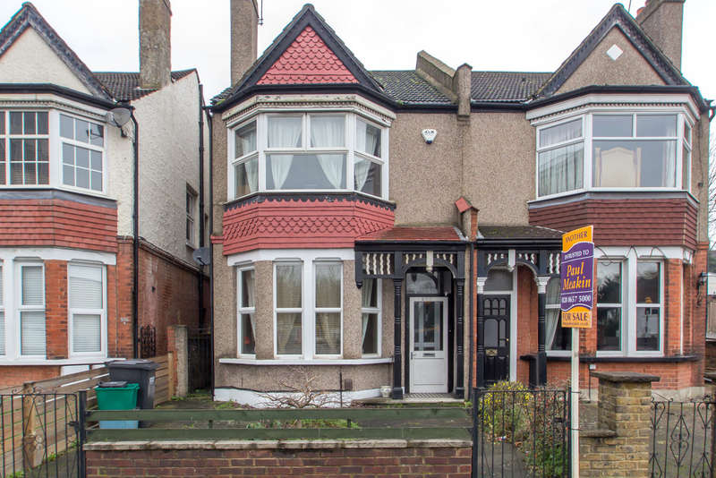 3 Bedrooms Terraced House for sale in Brighton Road, Purley, CR8 2BA