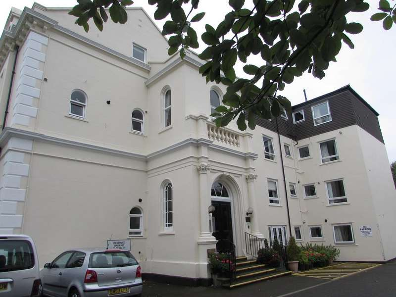 1 Bedroom Retirement Property for sale in Kenilworth Road, Leamington Spa cv32