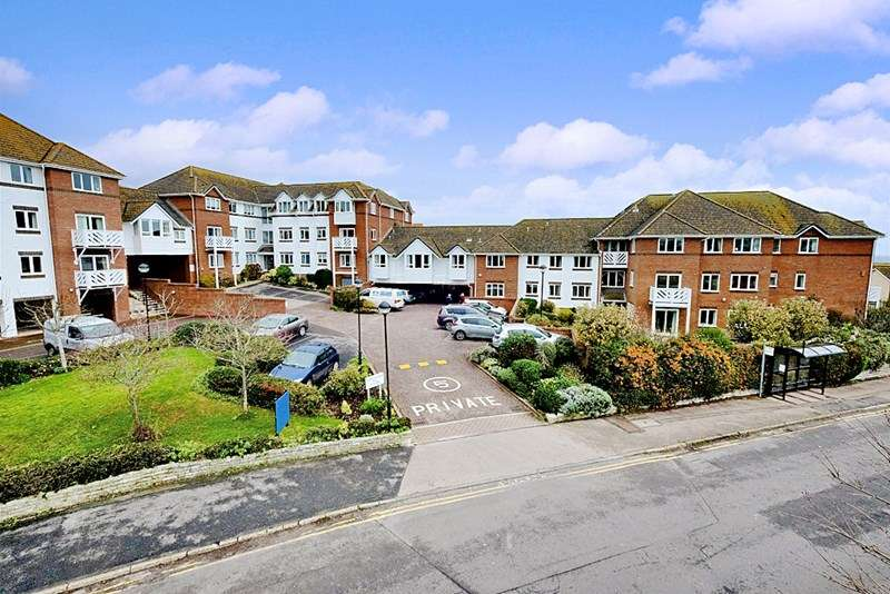 2 Bedrooms Property for sale in Cloverdale Court, Lyme Regis, DT7 3ED
