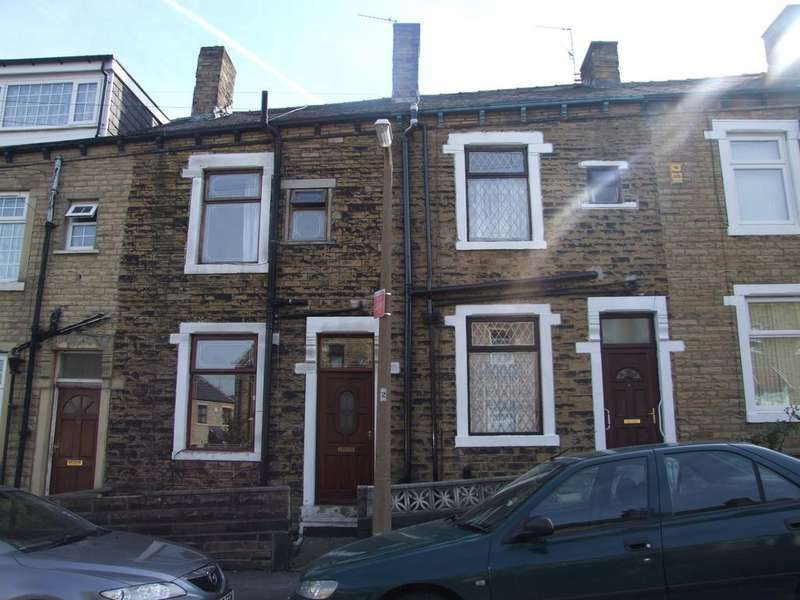 3 Bedrooms Terraced House for rent in Nurser Place, Bradford BD5
