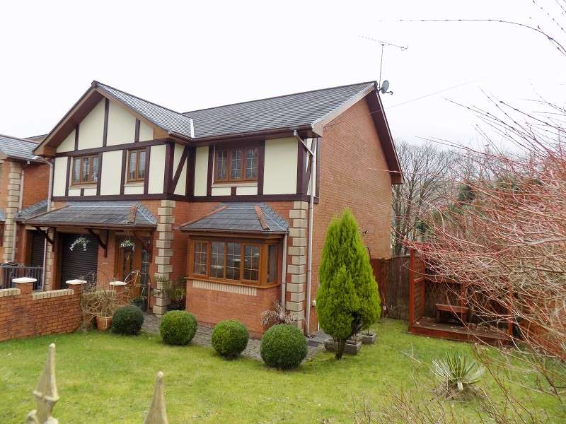 4 Bedrooms Detached House for sale in Treforgan Road, Crynant, Neath, Neath Port Talbot. SA10 8PW
