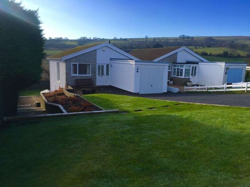 3 Bedrooms Detached House for sale in Heol Serth, Caerphilly