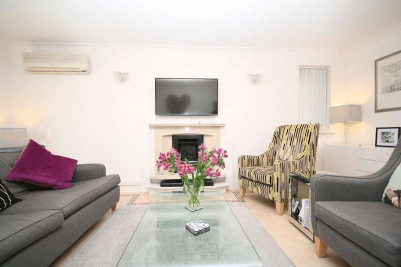 5 Bedrooms Detached House for sale in Carnoustie Close, Birkdale, Southport, PR8 2FB