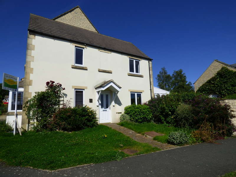 3 Bedrooms Semi Detached House for sale in 59 Dale Grove, Leyburn