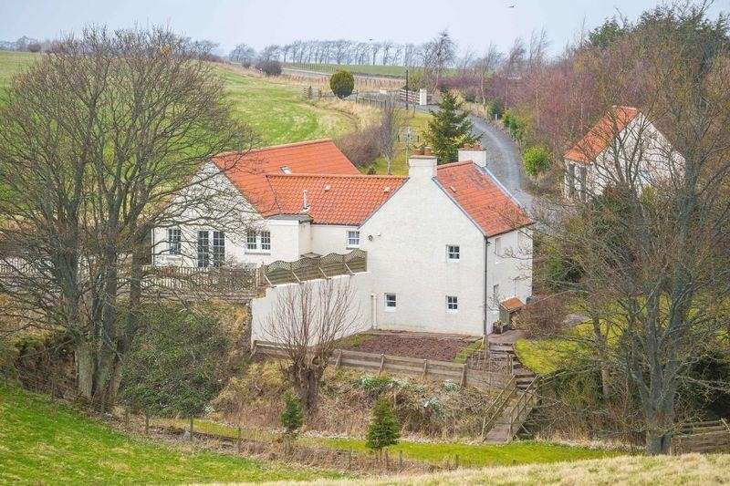 4 Bedrooms Property for sale in Deanburn House, Blackshiels, Pathhead, Midlothian, EH37 5TF