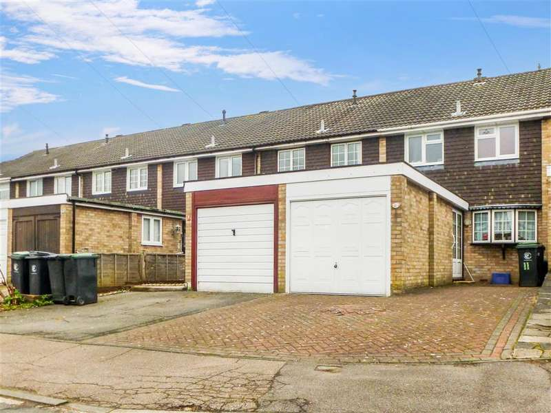 3 Bedrooms Terraced House for sale in Nevill Way, , Loughton, Essex