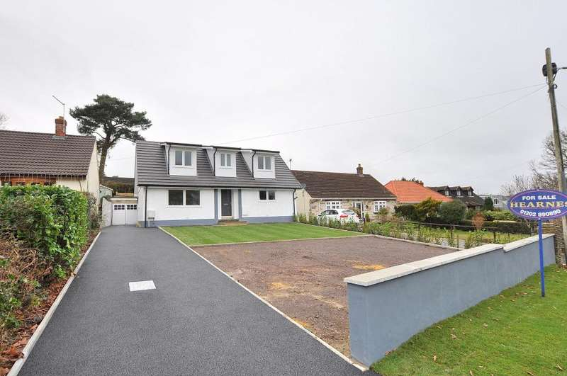 4 Bedrooms Detached Bungalow for sale in Ameysford Road, Ferndown