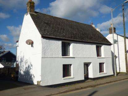 3 Bedrooms Detached House for sale in Fraddon, St Columb, Cornwall