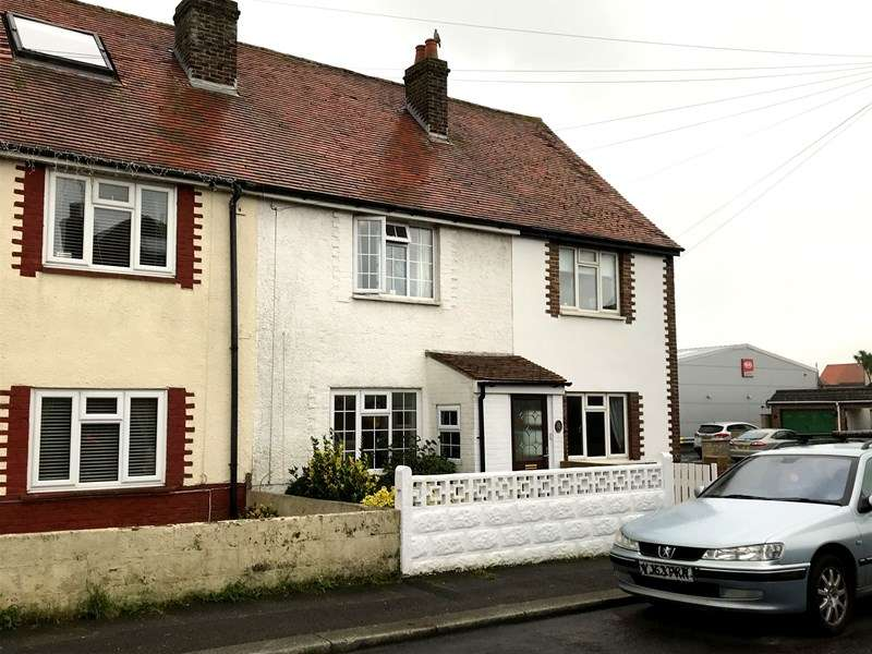 3 Bedrooms Terraced House for sale in 85 Seymour Road, Lee-On-The-Solent