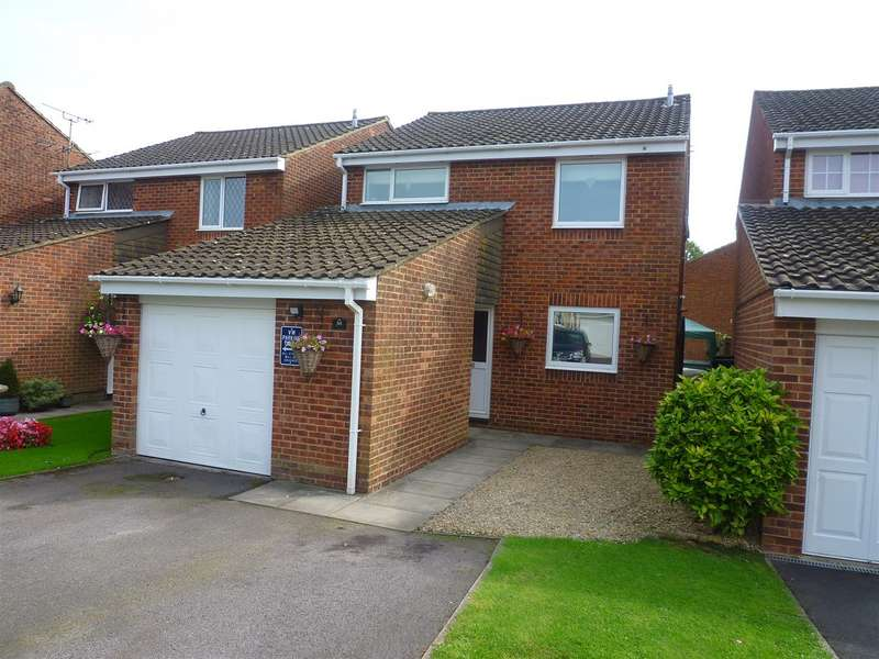 4 Bedrooms Detached House for sale in Dilton Marsh