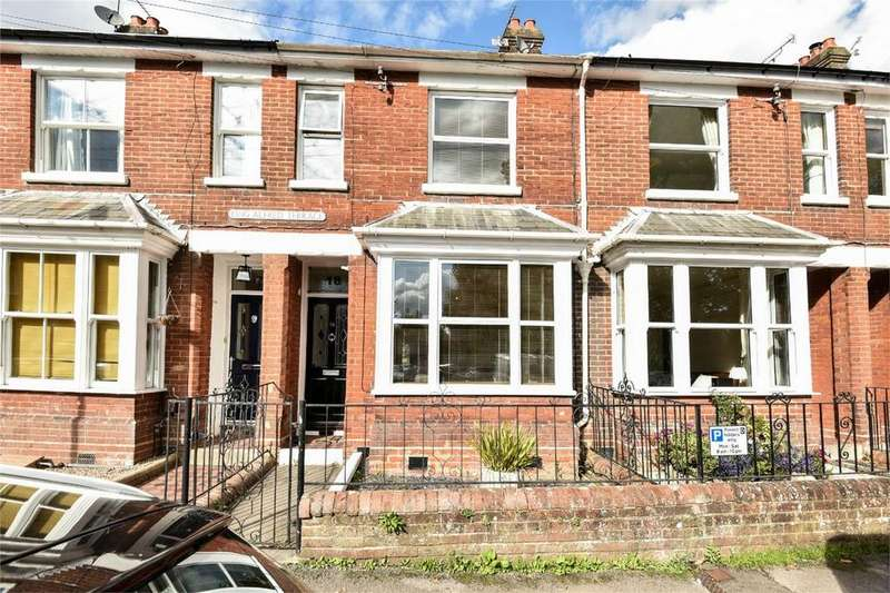 3 Bedrooms Terraced House for sale in Hyde, Winchester, Hampshire