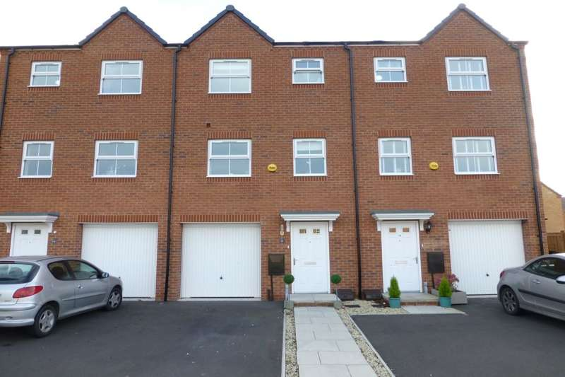 4 Bedrooms Terraced House for sale in Buttercup Close, Evesham, WR11