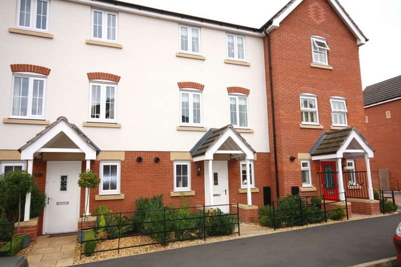 3 Bedrooms Terraced House for sale in Abbey Park Way, Wychwood Village, Weston, CW2