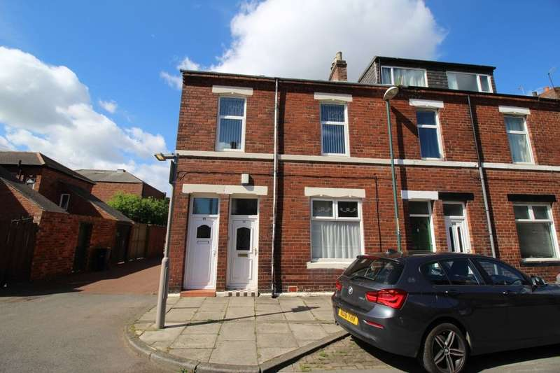 3 Bedrooms Flat for sale in Tweed Street, Hebburn, NE31