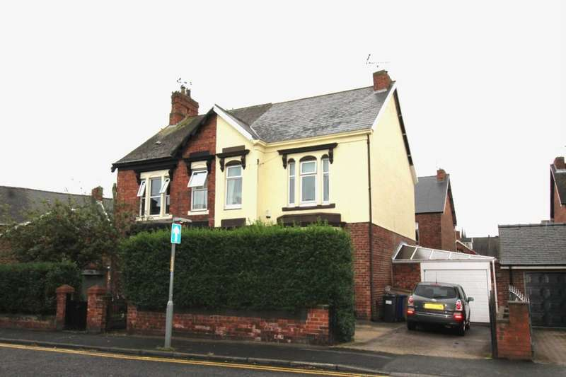 4 Bedrooms Semi Detached House for sale in Kent Villas, Jarrow, NE32