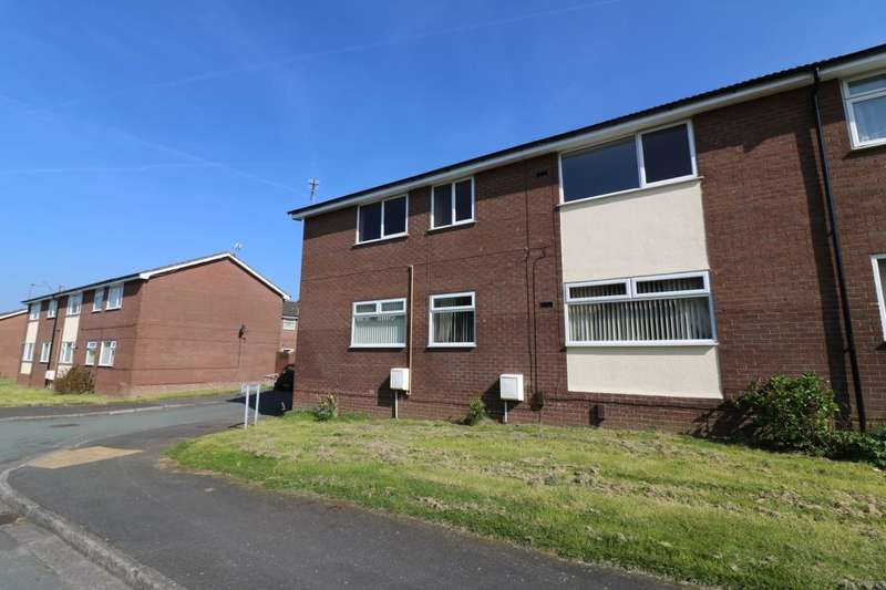 3 Bedrooms Flat for sale in Huxley Court, Ellesmere Port, CH66