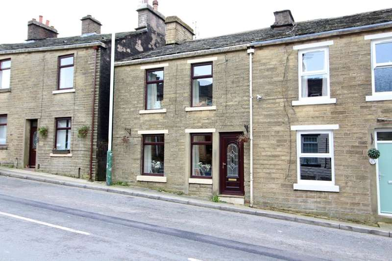 3 Bedrooms Terraced House for sale in Burnley Road, Bacup, OL13