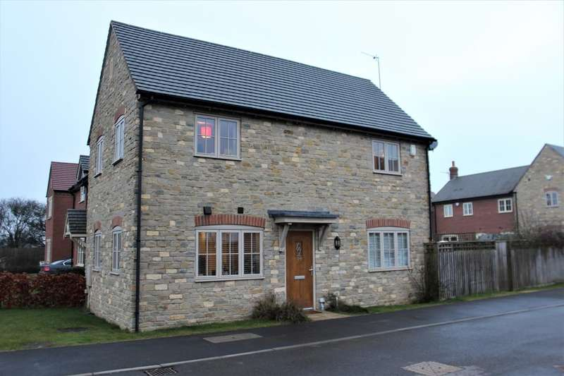 2 Bedrooms Property for sale in Hereburgh Way, Harbury, Leamington Spa, CV33