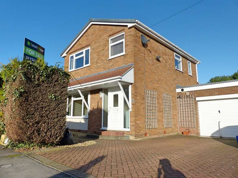 3 Bedrooms Detached House for sale in Birch Close, Yaxley, Peterborough, PE7 3HD