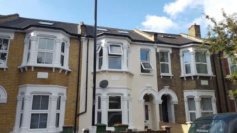 5 Bedrooms Terraced House for sale in East Road, Stratford