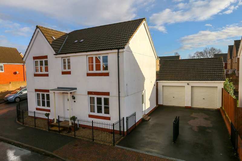 4 Bedrooms Detached House for sale in Resolution Road, The Fairways