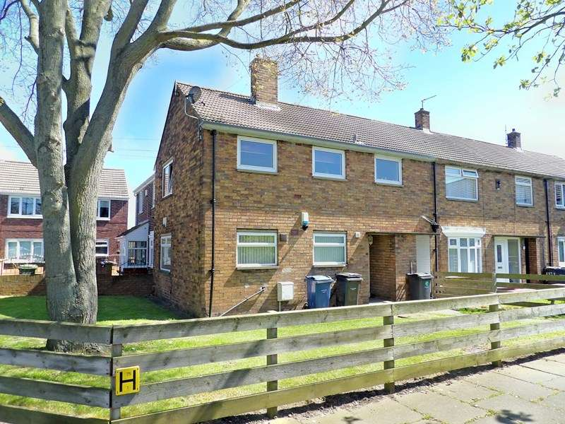 1 Bedroom Apartment Flat for sale in Moreland Road, Whiteleas, South Shields, Tyne and Wear, NE34 8NJ