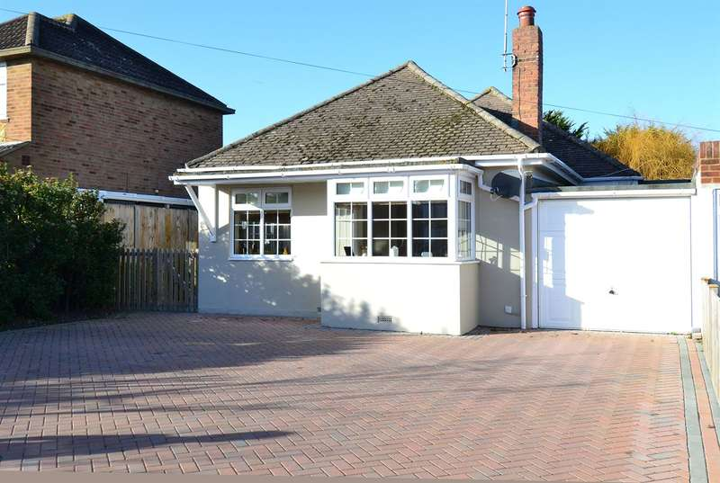 2 Bedrooms Detached Bungalow for sale in Chestfield Road, Chestfield, Whitstable