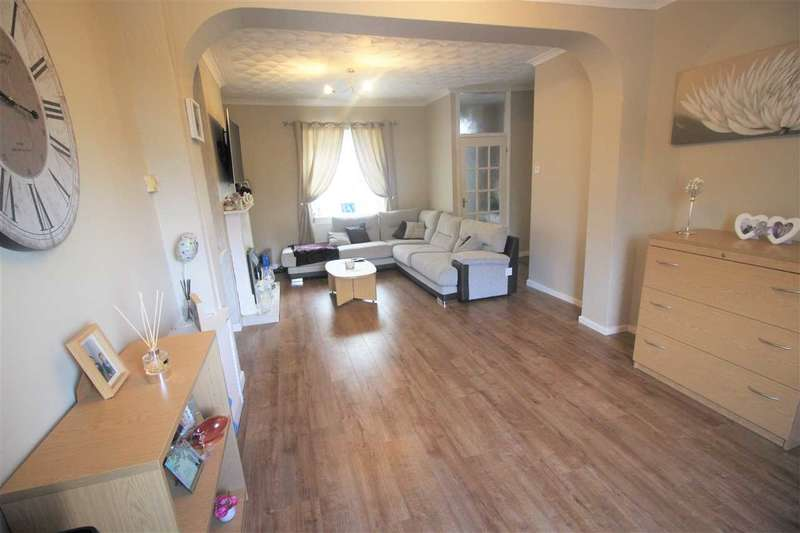 2 Bedrooms Terraced House for sale in High St, Porth