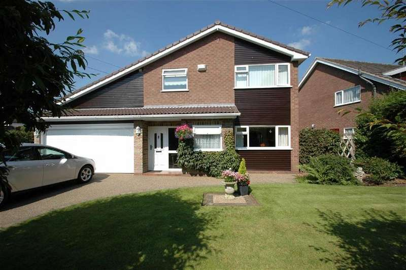 4 Bedrooms Detached House for sale in Upton Park, Upton Chester