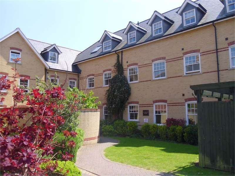 2 Bedrooms Flat for sale in Clarence Place, Christchurch, Dorset