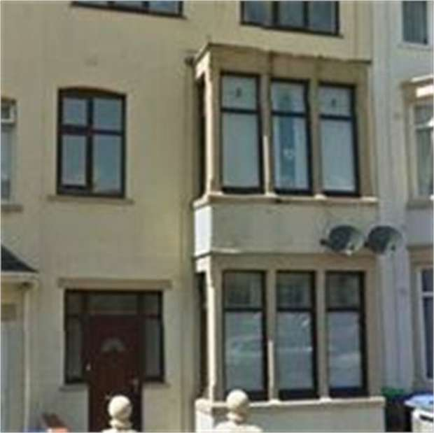 2 Bedrooms Flat for sale in Westmorland Avenue, Blackpool, Lancashire