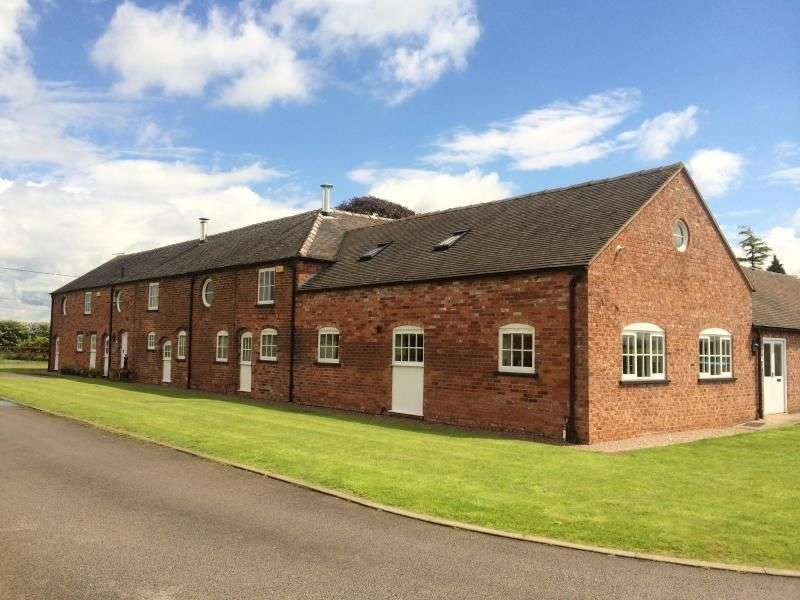 4 Bedrooms Property for rent in Congleton Road, Sandbach, CW11