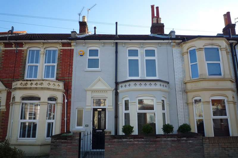 3 Bedrooms Terraced House for rent in Paddington Road, Portsmouth