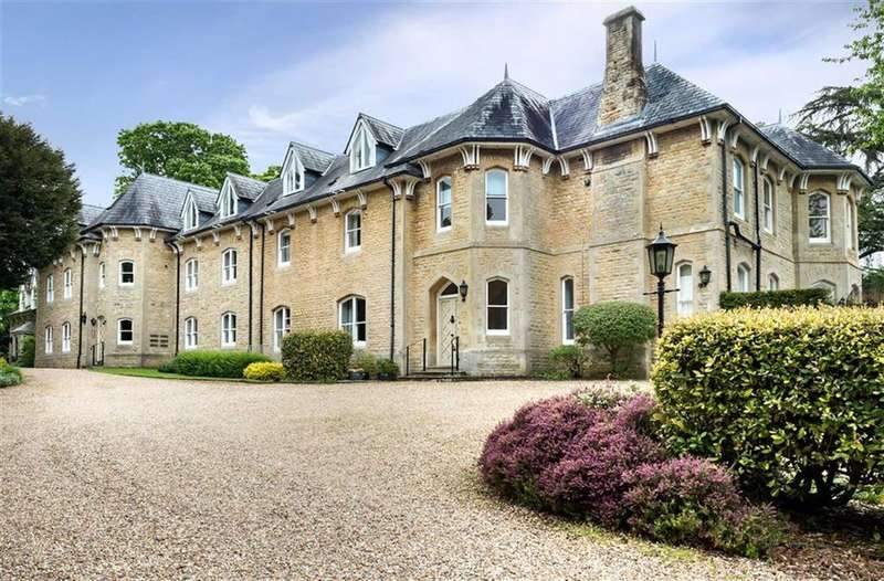 2 Bedrooms Apartment Flat for sale in Wychwood House, Charlbury, Oxfordshire