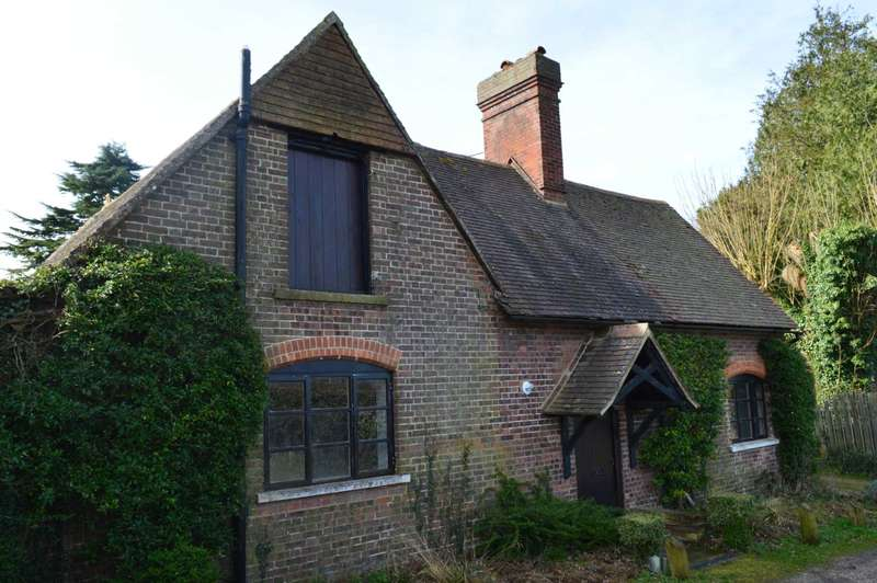 2 Bedrooms Cottage House for rent in New Ground Road, Aldbury