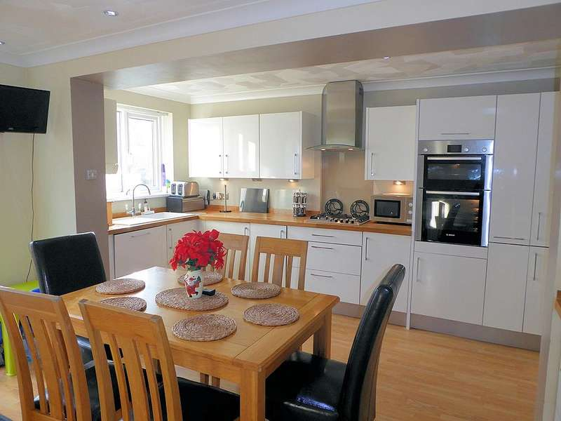 3 Bedrooms House for sale in Boothferry Road, Hull, HU4 6EZ