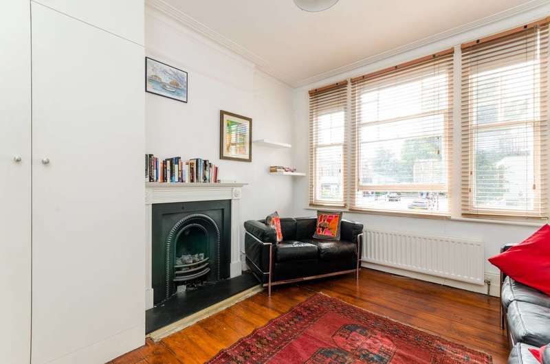 2 Bedrooms Flat for sale in Margravine Gardens, Barons Court, W6