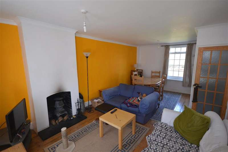2 Bedrooms Terraced House for sale in Manor Road, , Maxton, Dover, Kent