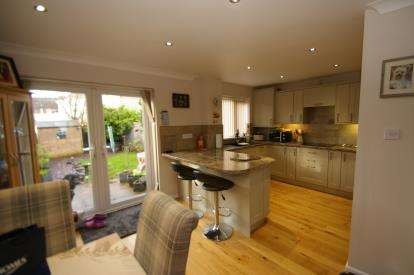 3 Bedrooms Terraced House for sale in Woolwell, Plymouth, Devon