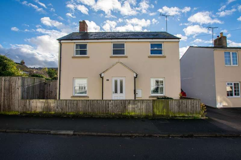 2 Bedrooms Detached House for rent in Pilley Lane, Leckhampton