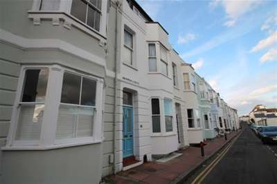 4 Bedrooms House for rent in St Nicholas Road, Brighton