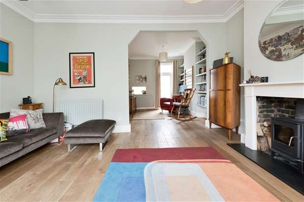 4 Bedrooms End Of Terrace House for sale in Chaucer Road, Herne Hill
